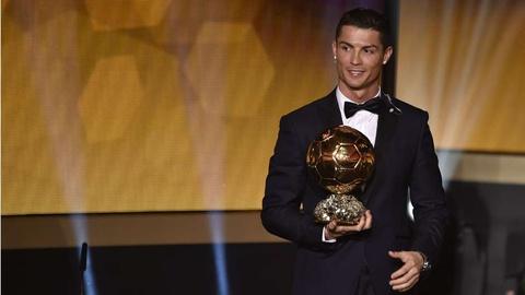 Nhung cot moc dang nho cua Ronaldo tai Real Madrid hinh anh 12