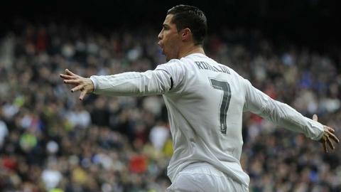 Nhung cot moc dang nho cua Ronaldo tai Real Madrid hinh anh 16