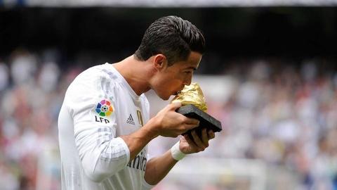 Nhung cot moc dang nho cua Ronaldo tai Real Madrid hinh anh 19