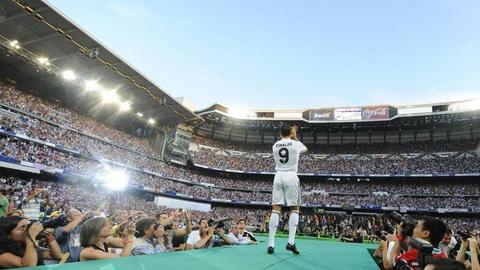 Nhung cot moc dang nho cua Ronaldo tai Real Madrid hinh anh 1