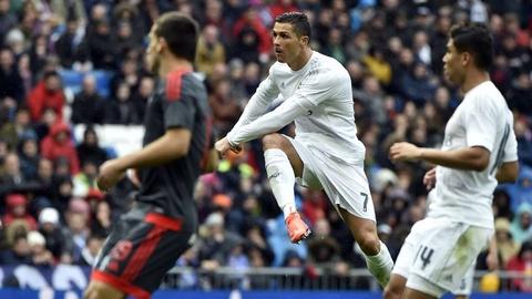 Nhung cot moc dang nho cua Ronaldo tai Real Madrid hinh anh 20