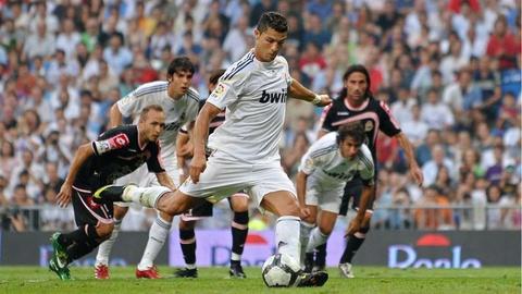 Nhung cot moc dang nho cua Ronaldo tai Real Madrid hinh anh 3