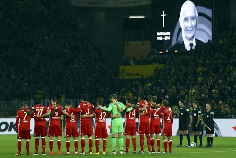 Aubameyang toa sang giup Dortmund ha guc Bayern hinh anh 2