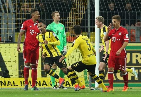 Aubameyang toa sang giup Dortmund ha guc Bayern hinh anh 3