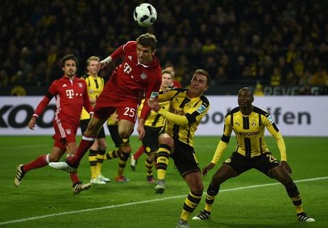Aubameyang toa sang giup Dortmund ha guc Bayern hinh anh 4