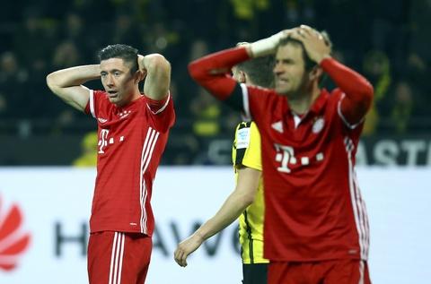 Aubameyang toa sang giup Dortmund ha guc Bayern hinh anh 7