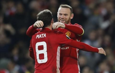 Rooney di vao lich su sau tran thang 4 sao hinh anh 7