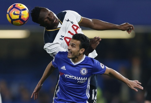Nguoc dong ha Tottenham, Chelsea tro lai ngoi dau bang hinh anh 2