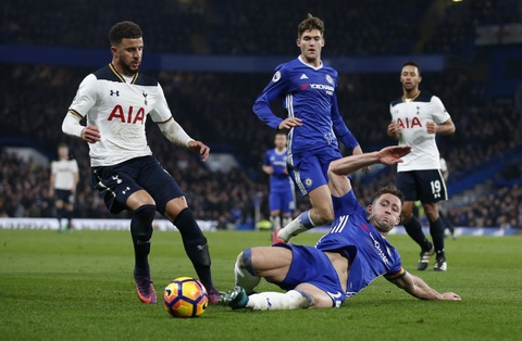 Nguoc dong ha Tottenham, Chelsea tro lai ngoi dau bang hinh anh 10