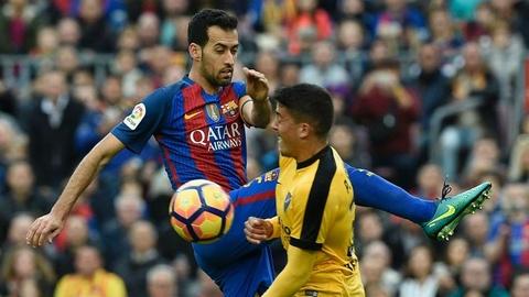 Ronaldo loai Suarez khoi sieu doi hinh ket hop El Clasico hinh anh 8