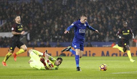 Vardy lap hat-trick, Leicester de bep Man City 4-2 hinh anh 7