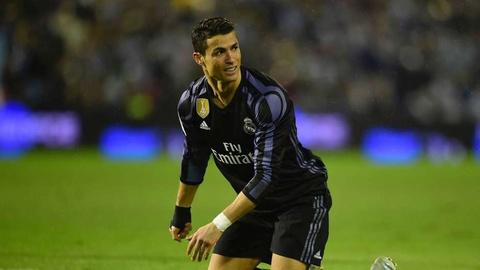 Ronaldo - ong vua dut diem trung khung go mua nay hinh anh 12