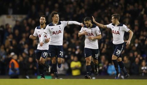 Tottenham vat va loi nguoc dong truoc CLB hang tu hinh anh 11