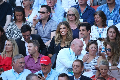 Vo, ban gai chay het minh co vu Federer, Nadal hinh anh 5