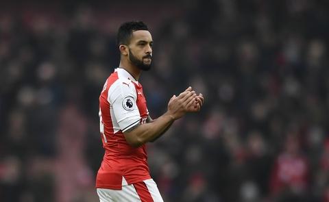 Tai hien 'ban tay cua Chua', Sanchez giup Arsenal co 3 diem hinh anh 11