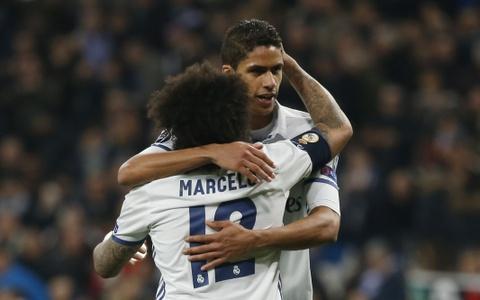 Real danh bai Napoli 3-1 bang sieu pham volley hinh anh 12