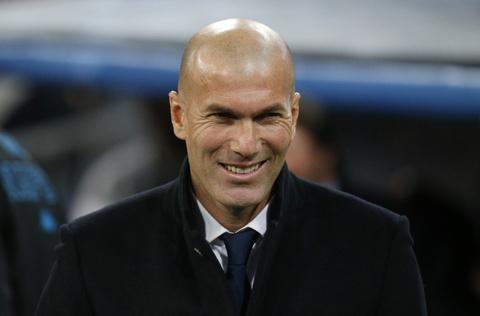 Real danh bai Napoli 3-1 bang sieu pham volley hinh anh 1