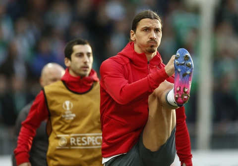 Mkhitaryan ghi ban giup MU vao vong 1/8 Europa League hinh anh 2