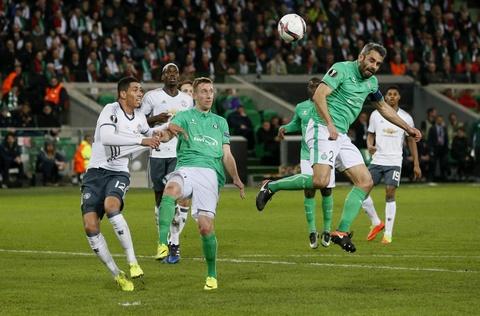 Mkhitaryan ghi ban giup MU vao vong 1/8 Europa League hinh anh 9
