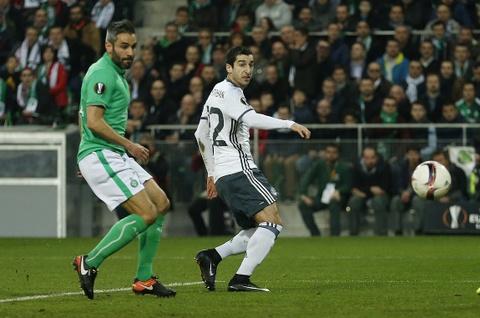 Mkhitaryan ghi ban giup MU vao vong 1/8 Europa League hinh anh 4