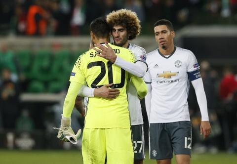 Mkhitaryan ghi ban giup MU vao vong 1/8 Europa League hinh anh 10