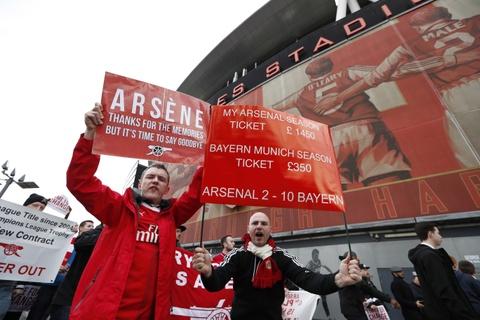 CDV Arsenal bieu tinh lan 2 doi sa thai Wenger hinh anh 2