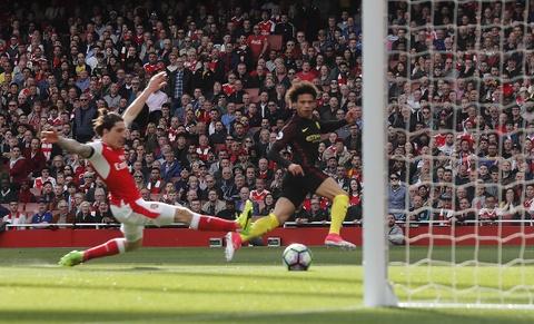 Hoa Man City, Arsenal bo lo co hoi vuot mat MU hinh anh 4