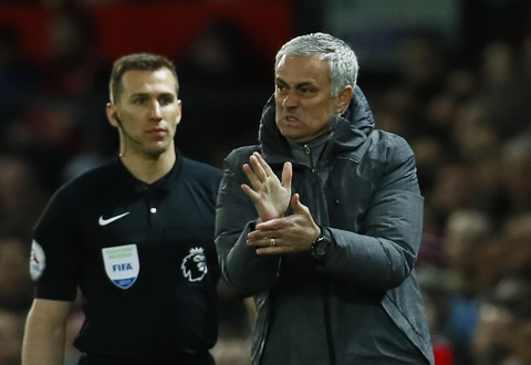 Ibrahimovic lap cong giup MU thoat thua Everton hinh anh 14