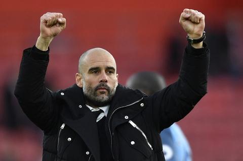 Aguero, Sane toa sang dua Man City len vi tri thu 3 hinh anh