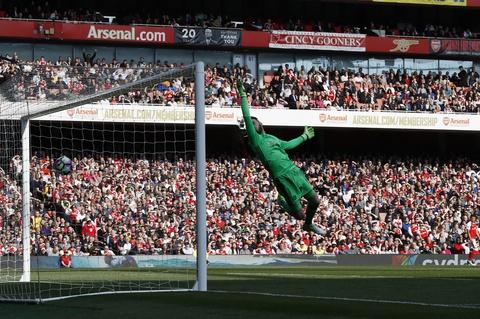 Wenger danh bai Mourinho lan dau sau 13 tran cham tran o NH Anh hinh anh 6