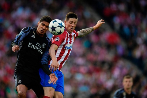 Cham diem Atletico 2-1 Real: Isco len dinh, Ronaldo cham day hinh anh 3