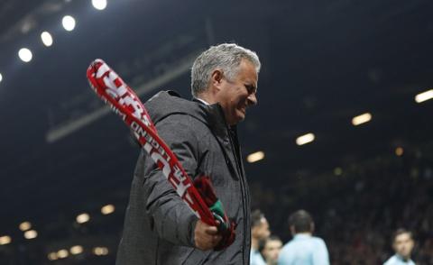 Mourinho phat cuong voi tam ve chung ket Europa League hinh anh 2