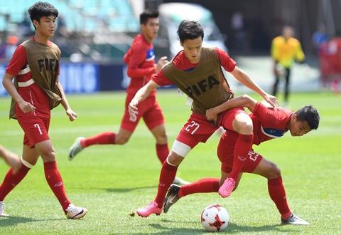 CDV Viet Nam 'doi nang' den SVD Jeonju truoc tran gap U20 Honduras hinh anh 9