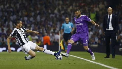 Cham diem chung ket Champions League: Ronaldo khong phai hay nhat hinh anh 10
