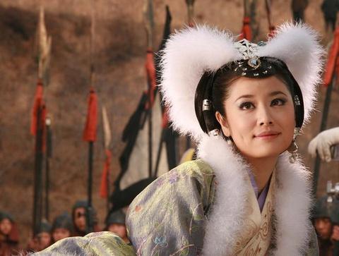 Pham Bang Bang, Lam Tam Nhu va nhung my nhan tung vao vai Dat Ky hinh anh 5