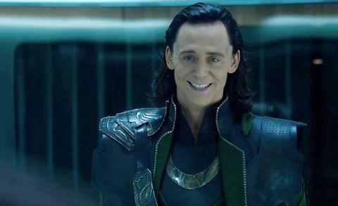 Iron Man đã đặt biệt danh hài hước gì cho Loki, Thanos, Thor béo?