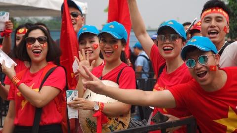 Co dong vien Viet Nam: 'Son Heung-min se di bo doi' hinh anh
