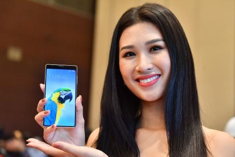 Bphone 3 la smartphone dang mua trong tam gia 7 trieu hinh anh