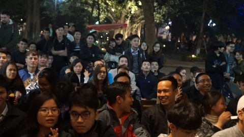 CDV Viet vui suong khi trong tai dung VAR huy ban thang cua Nhat Ban hinh anh