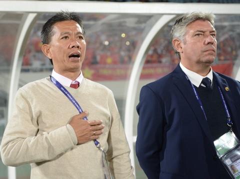 Giay phut thieng lieng khi Quoc ca Viet Nam vang len giua World Cup hinh anh 6