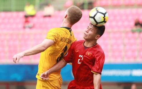 HLV Hoang Anh Tuan: 'Khong hieu vi sao U19 Viet Nam lai so hai' hinh anh