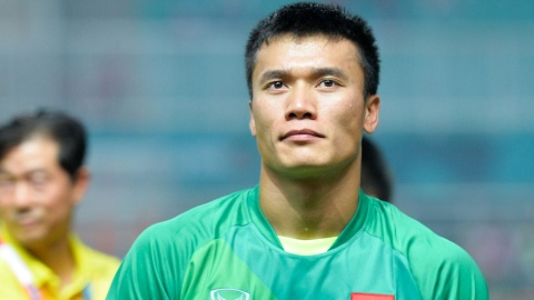 Thu mon Bui Tien Dung hoan tat 'Dream Team' cua CLB Ha Noi hinh anh