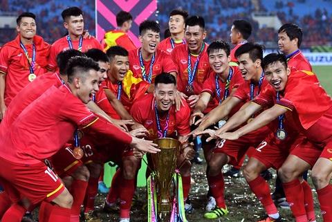 Bo truong VHTTDL: 'Bong da Viet Nam phai vo dich SEA Games 2019' hinh anh
