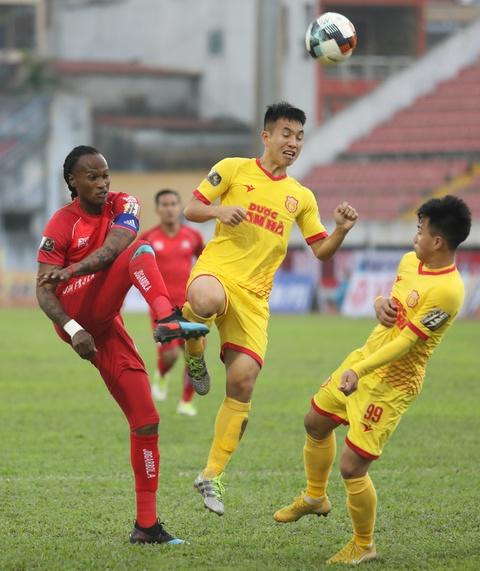 Hoc tro thay Park ghi ban, choi hay nhat tran Hai Phong gap Nam Dinh hinh anh 1