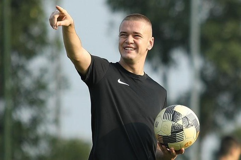 U21 Sarajevo tap luyen tai Ha Noi, chuan bi du giai quoc te hinh anh