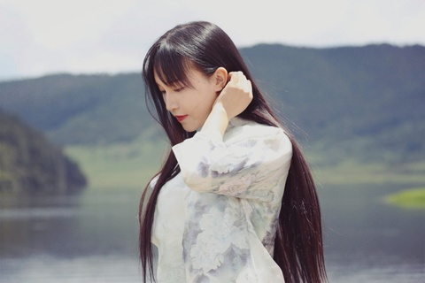 'Tien nu dong que' Trung Quoc bo hoc nam 14 tuoi, tung lam DJ quan bar hinh anh 5