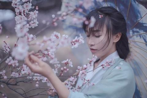'Tien nu dong que' Trung Quoc bo hoc nam 14 tuoi, tung lam DJ quan bar hinh anh 1