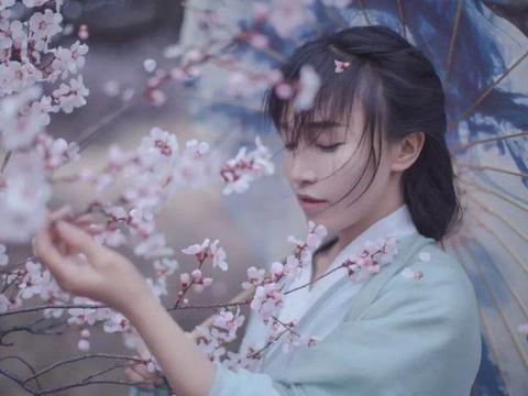 'Tien nu dong que' Trung Quoc bo hoc nam 14 tuoi, tung lam DJ quan bar hinh anh