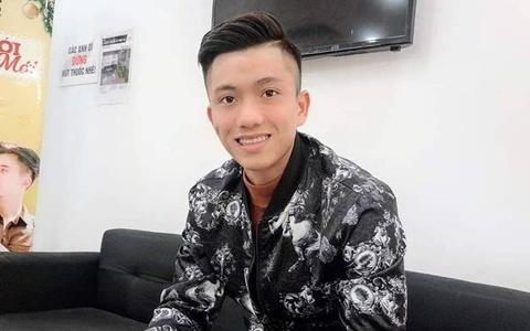 Cầu thủ Việt Nam đồng loạt đổi kiểu tóc trước trận chung kết lượt về
