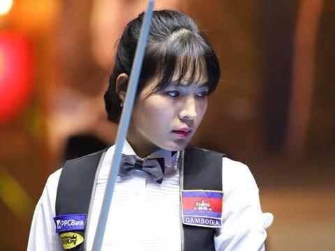 Nu co thu Campuchia xinh dep, tung vo dich giai billiards chau A hinh anh